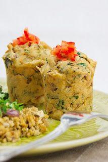 Veganpassion: Bratkartoffelmuffins auf Spinatbett mit veggie Rührei