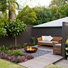 25 Interesting Small Garden Design Ideas That Is Stillto See. If you are looking for Small Garden Design Ideas That Is Stillto See, You come to the right place. Below are the Small Garden Design Idea. Small Backyard Design, Backyard Patio Designs, Small Backyard Landscaping, Backyard Ideas, Patio Ideas, Landscaping Ideas, Pergola Ideas, Landscaping Borders, Landscaping Company
