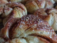 """""""Søtt, salt og syrlige kanelsnurrer med surdeig"""" - Bremykt Frisk, Salt, Rolls, Bread, Baking, Food, Buns, Brot, Bakken"""
