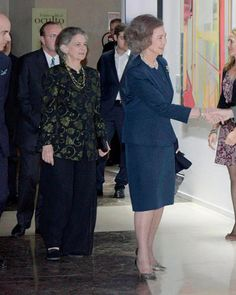 Queen Sofia (R) and her youngest sister Princess Irene of Greece and Denmark (L) attend BMW Painting Award at the Royal Theatre on November 5, 2015 in Madrid, Spain.
