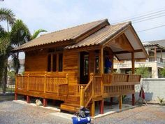➤ Interior Decorating and Home Design Ideas – Valleygirlgonecountry Wooden House Plans, Modern Wooden House, Small Wooden House, Small House Plans, Bamboo House Design, Simple House Design, Bungalow House Design, Cottage Design, Granny Pods