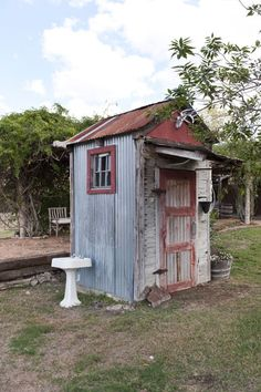 Photo Credit: Jack Thompson. Rachael Ashwell Texas. .. 1st time I've seen a lavatory by an out house, good idea