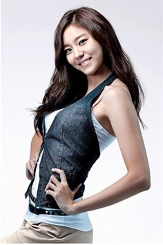 Uee - After School Korean Women, South Korean Girls, Korean Girl Groups, Uee After School, Lee Bo Young, Jugend Mode Outfits, Yoo Ah In, Yu Jin, Korean Entertainment