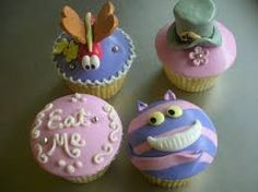 Resultado de imagen para cupcake alice in wonderland