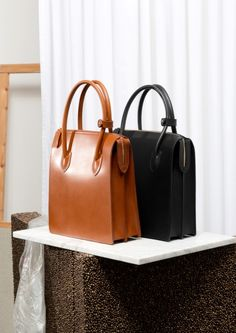 fashion : bag it on Pinterest | Leather Totes, Fashion Bags and Totes