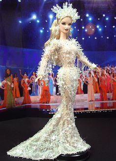 OOAK barbie pageant dolls by NiniMomo Creations Miss Alaska, Barbie Miss, Beautiful Barbie Dolls, Barbie Collection, Barbie Friends, Barbie World, Barbie Clothes, Pageant, Fashion Dolls