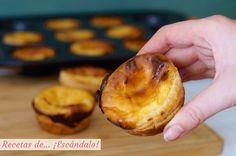 Pastéis de Belém (pasteles de Belém) o pasteis de nata. Postre portugués