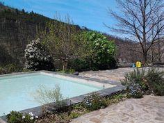 €50 As Casas da Nascente estão situadas na zona rural de um vale rodeado por colinas.