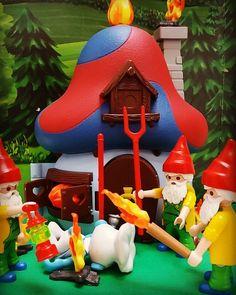 #BeardedGnomes - A Playmobil Instagram Story - 80sGeek