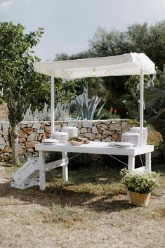 The inimitable allure of European minimalism. white washed walls set amongst an olive grove layered in linens, flickering candles and rustic touches. Wedding Reception Decorations, Table Decorations, White Wash Walls, Style Guides, Tablescapes, Wedding Flowers, Destination Weddings, Bliss, Romance