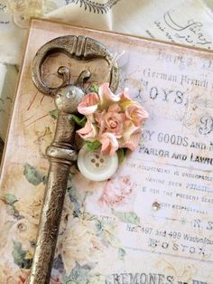 (via old skeleton key  | Key to my heart | Pinterest)