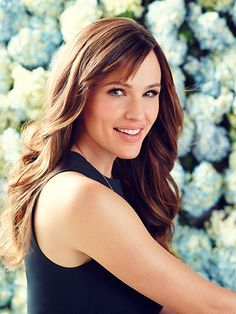 Jennifer Garner: It Was a Shock to Hear People Call Me Pretty in College| Jennifer Garner