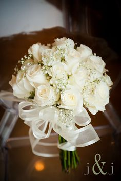I think my mother told me she had white roses.I love white roses for weddings and I don't think I'd want any other color bouquet. Either way, this bouquet is gorgeous and I want it. White Rose Bouquet, White Wedding Bouquets, Bride Bouquets, White Roses, Floral Wedding, Wedding White, Bouquet Wedding, Rose Wedding, Trendy Wedding