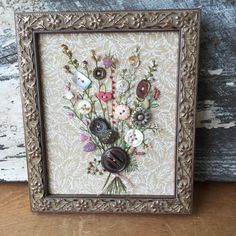 Framed Vintage Button Bouquet With Hand Embroidery Button Bouquet, Button Flowers, Button Wreath, Cool Buttons, Vintage Buttons, Crazy Quilting, Crafts To Make, Arts And Crafts, Diy Crafts