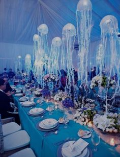 A beautiful idea for a themed wedding party if you are a lover of summer, sea and sealife <3 I' ll try it for sure <3