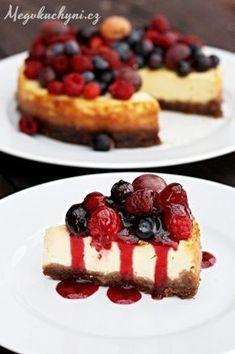 Pečený mascarpone cheesecake s ovocem
