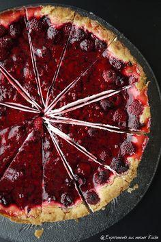 Experimente aus meiner Küche: Pudding-Schmand-Kuchen mit Himbeeren                                                                                                                                                                                 Mehr