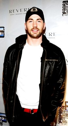 Chris Evans | Pure awesomeness <3<3<3 -B.R.