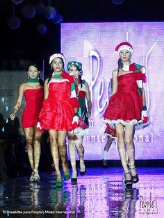 Desfile de Graduación de la promoción XXIII de modelos. Agencia People's Model Internarional