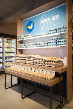 Egg Packaging, Packaging Design, Welding Bench, Supermarket Design, Chicken Eggs, Retail Shop, Bottle Design, Convenience Store, Shopping