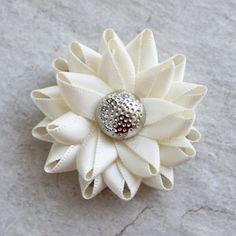 Wedding Boutonnieres, Grooms Flower, Lapel Flowers for Men,. Bridal Shower Corsages, Mommy To Be Pins, Groomsmen Accessories, Flowers For Men, Groom Boutonniere, Boutonnieres, Lapel Flower, Wrist Corsage, Prom Corsage