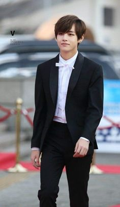 Classy man #taehyung #bts #v