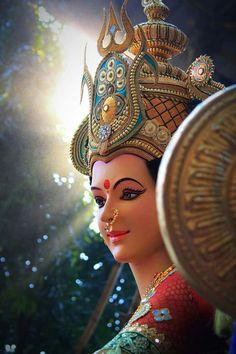 Invoking Powerful Goddess, the Primordial Force Adi Shakti For Ultimate Blessings Durga Images, Lakshmi Images, Ganesh Images, Shiva Hindu, Shiva Shakti, Hindu Deities, Hindu Art, Lord Durga, Durga Ji
