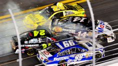 Tony Stewart's return to racing ends with nine-car wreck | FOX Sports on MSN