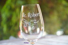 Promócie - pohár s gravírovaním :: Progra.sk - gravírovanie na mieru Wine Glass, Tableware, Products, Dinnerware, Tablewares, Beauty Products, Porcelain, Wine Bottles