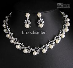 Crystal And Pearl Bridal Necklace