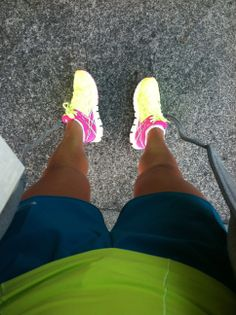 NEON HILLS FOR WOMEN | Running Shoes For Women Neon