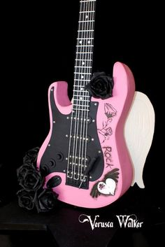 Guitar cake by Verusca Walker (6/20/2013) View details here: http://cakesdecor.com/cakes/68792
