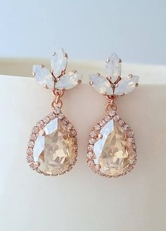 Bridal earrings,Champagne earrings,white opal earrings,Rose gold earrings,chandelier earrings,Bridesmaid gift,Swarovski earrings ,Vintage ✤ I can make these earrings with many other colors to match your wedding party scheme (or any other occasion). Please just contact me. They are