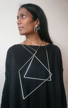 ute decker articulated necklace, sculptural jewellery - model tanvi kant, photography ute decker