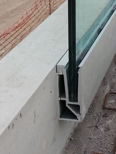 (via montaje de estructuras en Tenerife - Barandilla - Eco Steel estructuras) VIDRIO Glass Handrail, Stair Handrail, Glass Balustrade, Railings, Glass Stairs, Architecture Design, Glass Balcony, Balustrades, Glass Fence