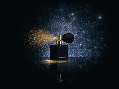 """Givenchy - L'Or Céleste - """"Golden and glittery powder, to illuminate face and décolleté. The packaging reminds an elegant bouquet."""""""