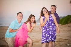 Holiday Photos - Schedule Your Session Today Or You Might Be Too Late! North Shore Hawaii, Award Winning Photography, Poses For Photos, Sunset Photos, Hawaii Wedding, Holiday Photos, Wedding Portraits, Portrait Photographers, Schedule