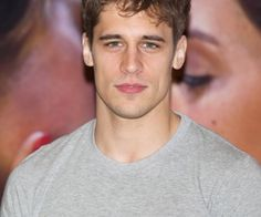 Find images and videos about Hot, actor and el internado on We Heart It - the app to get lost in what you love. Just Beautiful Men, Beautiful People, Spanish Men, R Man, Face Men, My Boys, Hot Guys, Crushes, Handsome