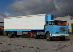 Škoda 706 RT   Staré náklaďáky Semi Trucks, Old Trucks, Freightliner Trucks, Chevrolet Bel Air, Busses, Commercial Vehicle, Albania, Cars And Motorcycles, Tractors