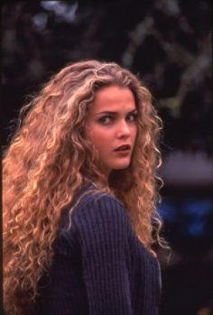 Keri Russell in The Babysitter's Seduction.  Love, love, LOVE her hair in this movie.