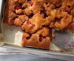 Elizabeth's+Lunar+Rhubarb+Cake