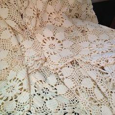 Hand Crochet Lace. 62x86 So pretty -