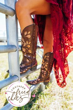 """LIMITED EDITION! Our """"Gone Country"""" Boots are made to SPARKLE & SHINE! We are obsessing over the glitter inlay & glamorous vibe! Dress these boots up or down for ANY occasion! True to size & the NEWEST member of the SFC Collection!!! These won't last long, so order yours now! Cute Cowgirl Boots, Womens Cowgirl Boots, Western Boots, Dress With Boots, Jeans And Boots, Men Boots, Royal Blue Wedding Shoes, Country Boots, Wedding Boots"""
