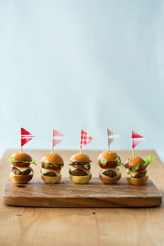 mini mini burgers-this is getting ridiculous
