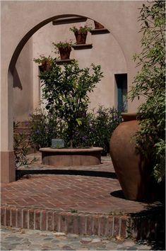 Ideas Prácticas, Farmhouse, Exterior, Patio, Courtyards, Porches, Garden, Plants, Outdoor
