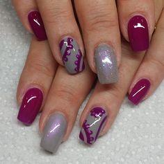 Loving this Foggy London look!! @ladyroxy2u #gel #gel2 #gel2uk #gelart #geldesign #manicure #tbt #nail #nails #nailsoftheday #nailgasam #nailporn #loveit #girly