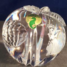 1995 at the Anaheim Disneyana Convention Waterford Crystal Snow White's Poison Apple MIB