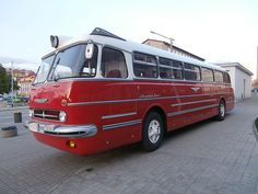 Lux at Tallinn Classic Trucks, Classic Cars, Bedford Buses, New Bus, Bus Coach, Classic Motors, Bus Station, Busses, Commercial Vehicle