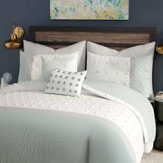 Whether you're bringing a pop of pattern to a monotone master suite aesthetic or offering up a touch of eclectic texture to your welcoming guest suite, this lovely comforter set brings a dash of defin Floral Comforter, Ruffle Bedding, Comforter Sets, Grey Comforter, Teen Bedding, Quilt Sets, California King, Duvet Cover Sets, Comforters