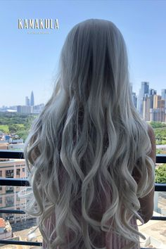 """This Platinum Blonde long wavy wig can provide enough room for all creative hairstyling ideas, it is also perfect for Daenerys Targaryen """"mother of dragons"""" look. Change your style at any time, anywhere! Blonde Fringe, Blonde Wavy Hair, Short Blonde, Ash Blonde, Short Platinum Blonde Hair, Braided Hairstyles Updo, Bride Hairstyles, Pretty Hairstyles, Updo Hairstyle"""